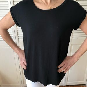 ⭐️BOGO FREE with Purchase⭐️ Black Tee w/ Detailing